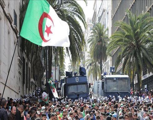 19 شخصية جزائرية تدعو الحراك إلى عدم التعرض للمشاركين بالانتخابات