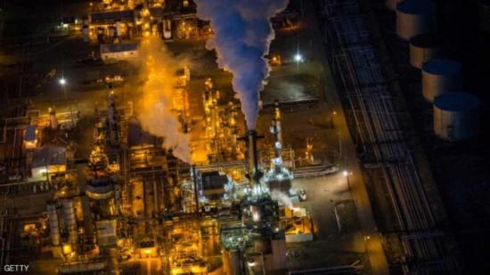 """""""زيادة الطلب"""" توقف تراجع النفط"""