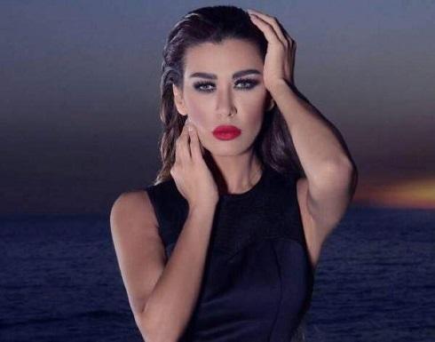 تنمر قاس على نادين الراسي بسبب فارق العمر بينها وبين خطيبها