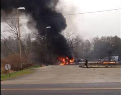 بالفيديو: ترجيح مقتل 5 أشخاص في تحطم طائرة خفيفة جنوبي الولايات المتحدة