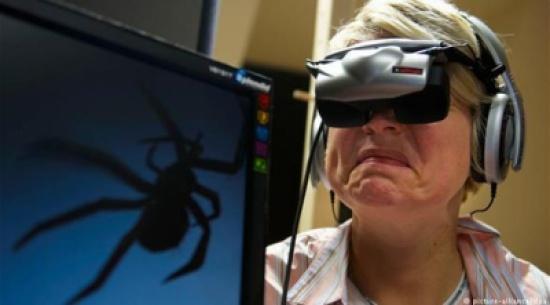 """نظارات ذكية لعلاج مرضى """"الفوبيا"""""""