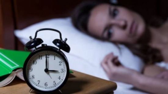 الحل بين يديك .. 4 طرق للحصول على نوم هادئ