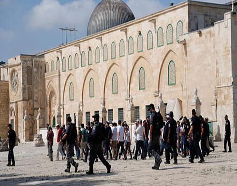 وزير إسرائيلي يقتحم المسجد الأقصى