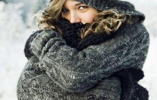 تورم الأصابع في فصل الشتاء (عضة الصقيع) أسبابها وعلاجها والوقاية منها