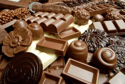 الشوكولاتة لبشرة مشرقة وخالية من العيوب!!