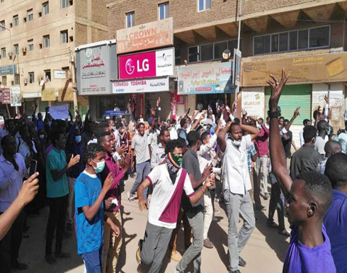 """المحتجون بالسودان يتجهزون لـ""""موكب الشهداء"""" الأحد"""