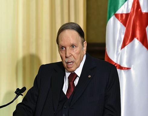 """الرئيس الجزائري يسحب شكواه ضد """"لوموند"""" على خلفية وثائق بنما"""
