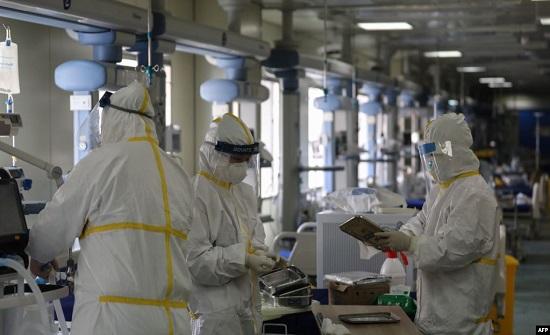 """لأول مرة.. الصين تعلن دواء """"أثبت"""" فعاليته مع المصابين بوباء """"كورونا"""""""
