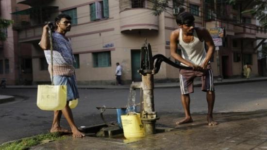 تقرير: الهند أكثر بلاد العالم افتقارا لمياه الشرب