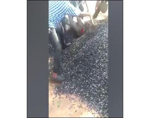 دفن رجل حيّا بطريق الخطأ في كينيا .. تفاصيل مروعة