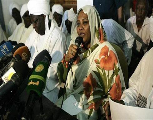 السودان.. محكمة طوارئ تحكم على مريم المهدي بالسجن والغرامة