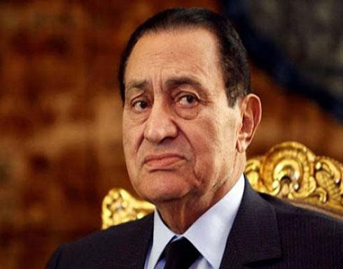 لماذا أقيمت صلاة الجنازة مرتين على مبارك؟