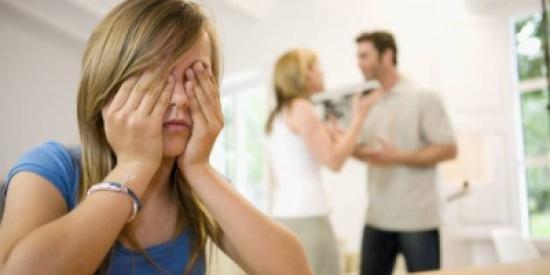 تختلفين مع زوجك حول تربية الأولاد؟.. إليك 7 حلول!
