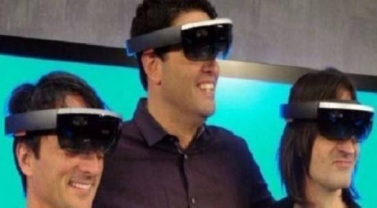 تطوير نظارات ذكية لمساعدة الصُّم على متابعة المسرحيات