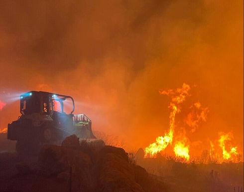 """دخان الحرائق السام يسبب أعراضا مشابهة لـ""""كوفيد-19"""" ويثير القلق"""