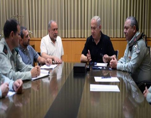 """""""الكابينت"""" يمنع ليبرمان من اتخاذ قرارات منفردة بشأن غزة"""