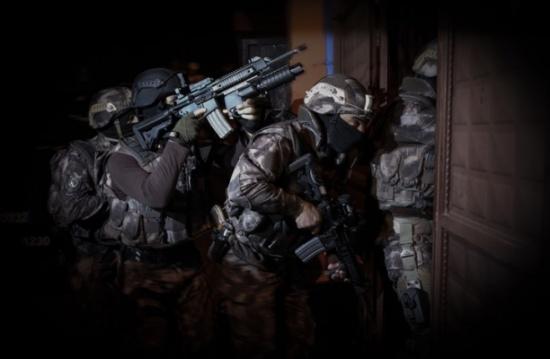 """اعتقال 13 مشتبها بانتمائهم لـ""""هيئة تحرير الشام"""" في تركيا"""