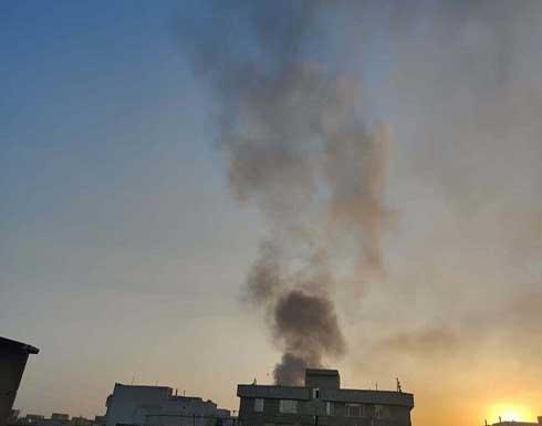 شاهد : حریق كبير في مستودعات للسلع على طريق بين طهران وكرج