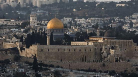 خطيب الأقصى يتهم محامين اردنيين وفلسطينيين بتسريب بيوت القدس لليهود