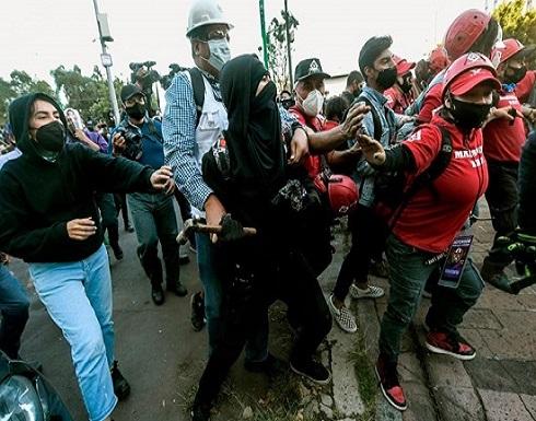 الآلاف يشاركون في تظاهرات ضد الرئيس المكسيكي
