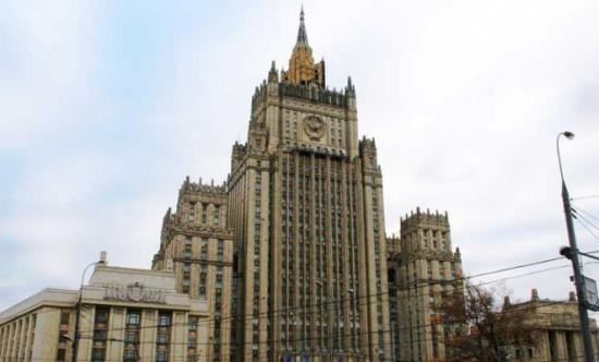 روسيا تصف إمداد أمريكا مقاتلي المعارضة السورية بالأسلحة بأنه عمل عدائي