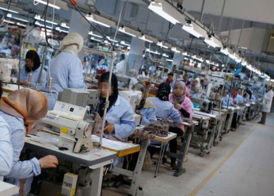 الاردن : 1600 إصابة كورونا في مصنع ملابس ولا عمالة محلية بينهم
