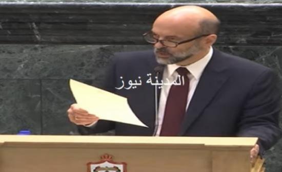 الاردن : الملك يقبل استقالة الحكومة