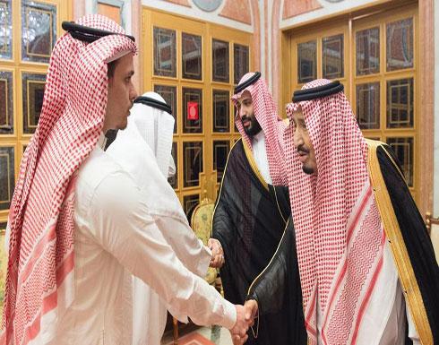 الملك سلمان وولي العهد يستقبلان عائلة خاشقجي (صور)