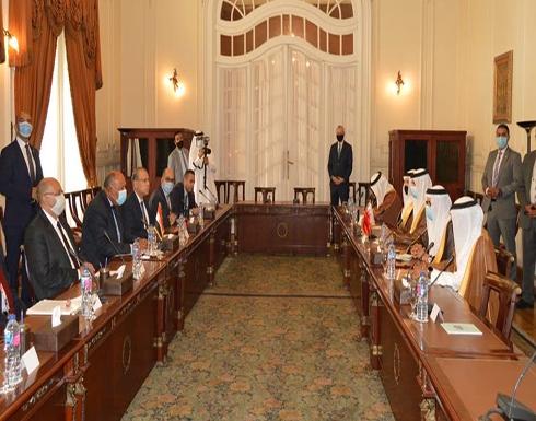 اتفاق مصري بحريني على وقف التدخلات وحل أزمة ليبيا