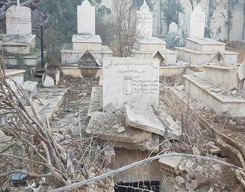 المعارضة السورية تتهم قوات النظام بنبش مدافن مسيحية في حرستا