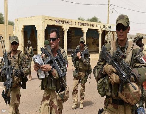 مجددا.. ماكرون يهدد بسحب القوات الفرنسية من مالي
