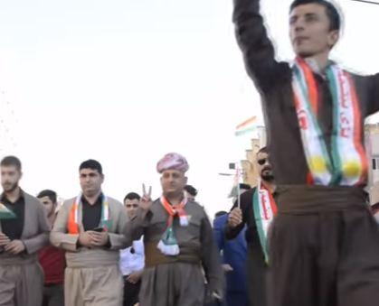 شاهد ..  مظاهرة في أربيل لدعم الاستفتاء حول انفصال إقليم كردستان