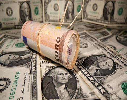 الدولار يبلغ ذروة شهر مع ترقب الأسواق لسياسة بايدن