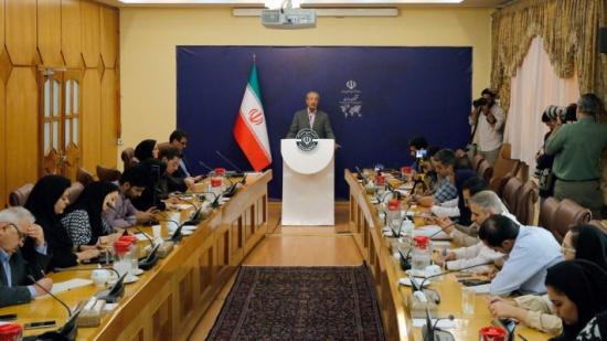 طهران: لسنا متشائمين ولا متفائلين حول محادثات النووي