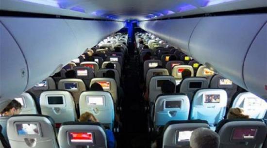 ما هي أكثر مقاعد الطائرة هدوءاً؟