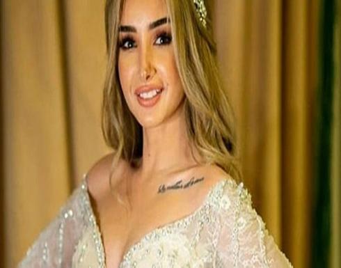بالصور : تنورة قصيرة وجاكيت لامع.. هنا الزاهد بإطلالة لافتة فى حفل عمرو دياب