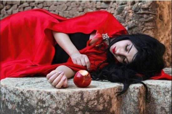 شاهد… سهيلة بن لشهب تتقمص الأميرة النائمة