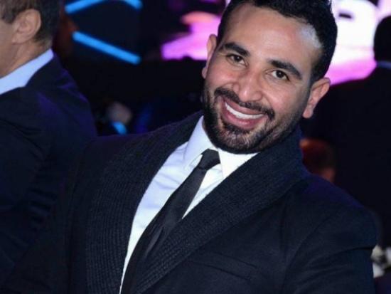 بعد شيرين إيقاف أحمد سعد عن الغناء لهذا السبب!