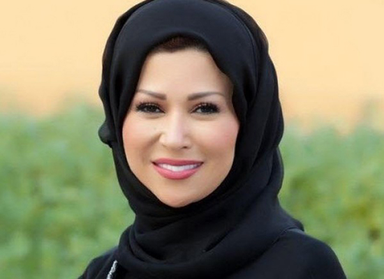 بالصور: اطلالة خديجة بن قنة بالثوب الفلسطيني يبهر متابعيها
