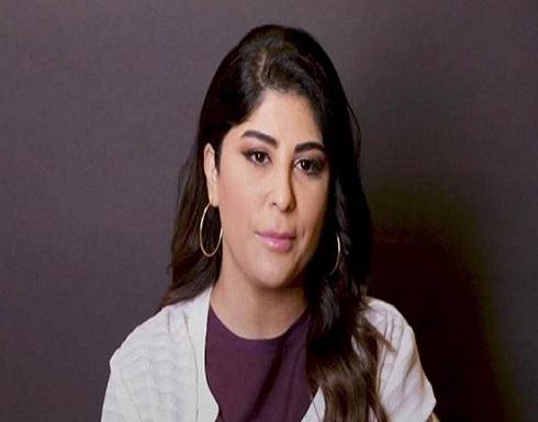 زارا البلوشي تكشف عن سبب طلاقها بعد تلقيها سيارة مرسيدس