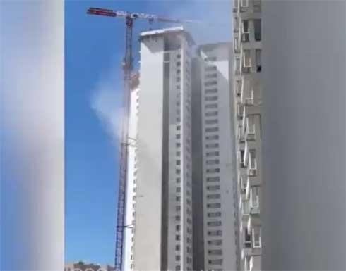 لحظة إصابة برج في مدينة أسدود بصاروخ أطلق من غزة .. بالفيديو