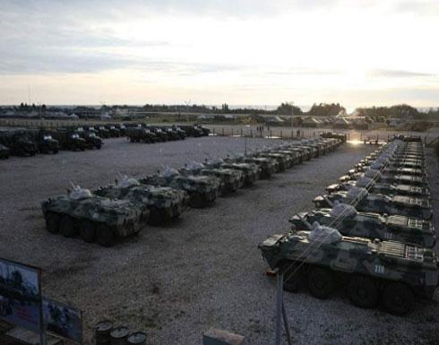 أنباء عن انفجارات متتالية في مقر القوات الروسية بمدينة دير الزور