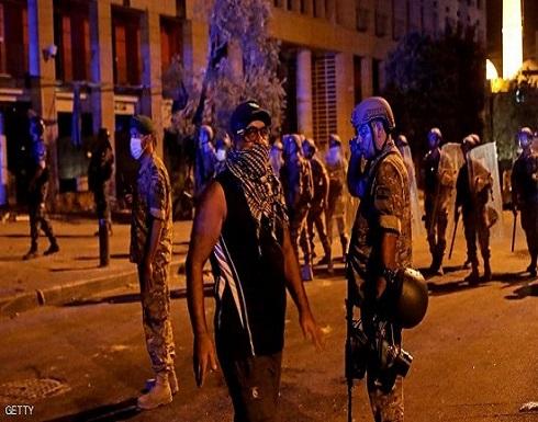هدوء حذر يسود بيروت بعد اشتباكات عنيفة مع المتظاهرين