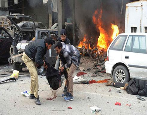 باكستان: مقتل زعيم قبلي في انفجار قرب الحدود الأفغانية