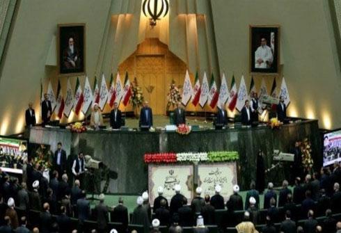 البرلمان الإيراني يعقد جلسة مغلقة حول استفتاء كردستان بحضور وزير الخارجية