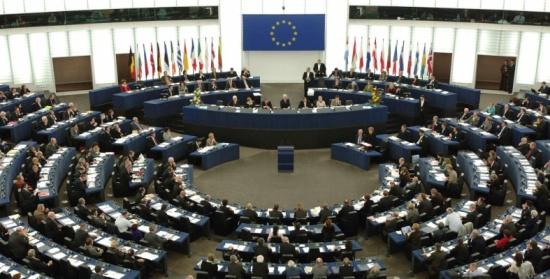 أوروبا تعتزم معاقبة 16 سوريّاً تورطوا في هجوم كيماوي