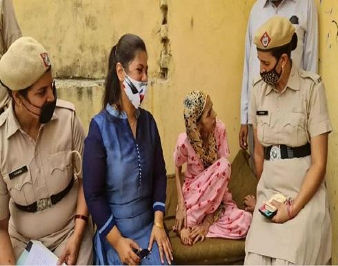 إنقاذ هندية حبسها زوجها في المرحاض لمدة عام ونصف (فيديو)