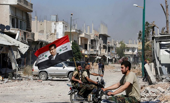 سوريا.. شرطة درعا تعلن مقتل أحد عنصرها والجيش يرد بقصف مواقع المسلحين
