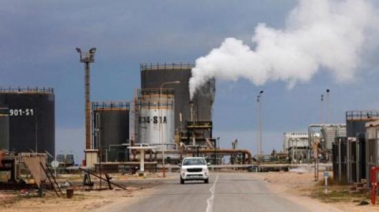 عضو بمؤسسة النفط الليبية: مصفاة الزاوية تعمل بمعدل 70%