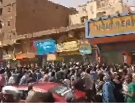 شاهد .. مظاهرات من الاسواق العربيالى القصر في الخرطوم